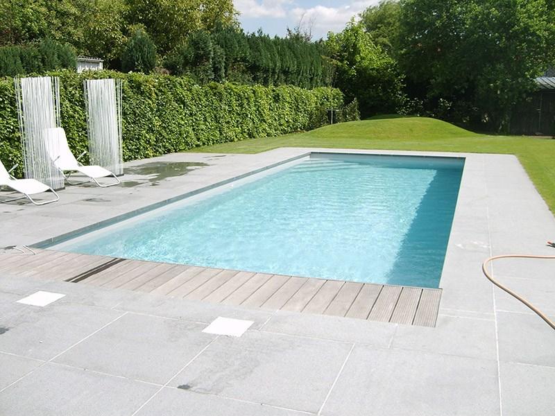 Zelf zwembad bouwen in tuin geen budget voor een mooi zwembad